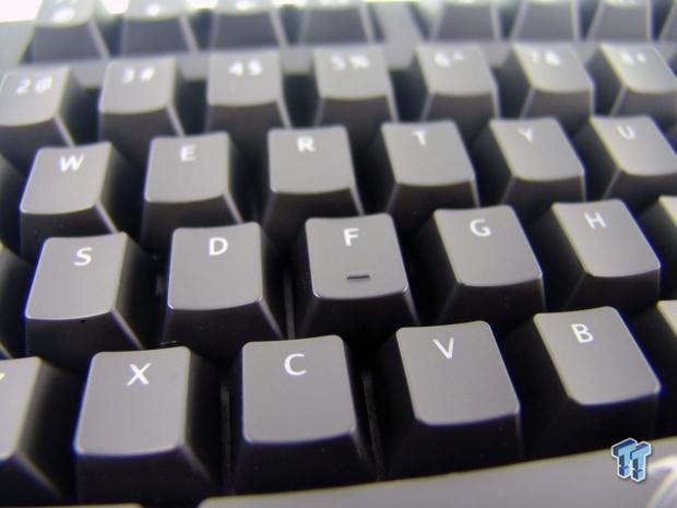 sentey_crimson_pro_mechanical_gaming_keyboard_review_13