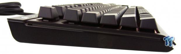 corsair-gaming-strafe-mechanical-keyboard-review_11
