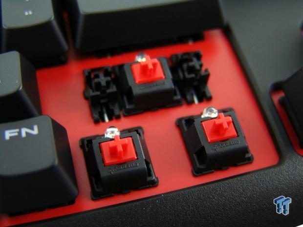 corsair-gaming-strafe-mechanical-keyboard-review_24