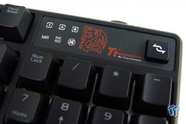 tt-esports-poseidon-rgb-mechanical-gaming-keyboard-review_15