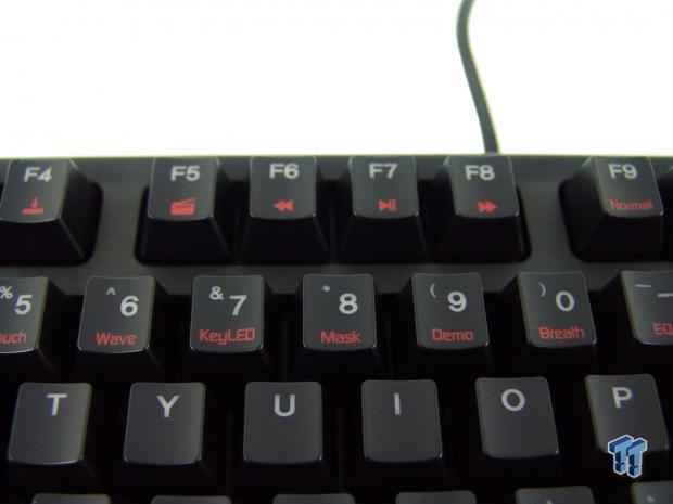 zalman-zm-k700m-dynamic-mechanical-led-keyboard-review_13