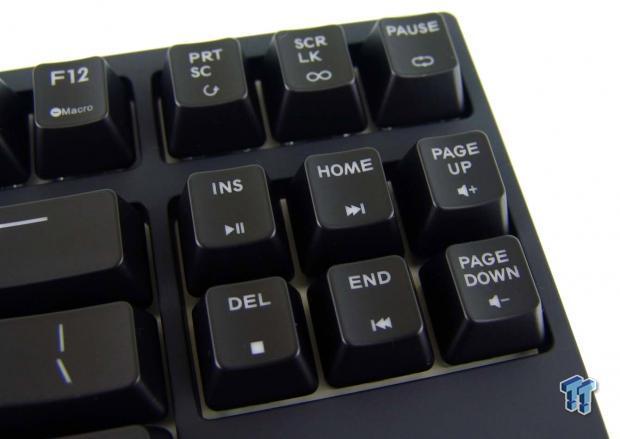 cooler-master-masterkeys-pro-mechanical-gaming-keyboard-review_17