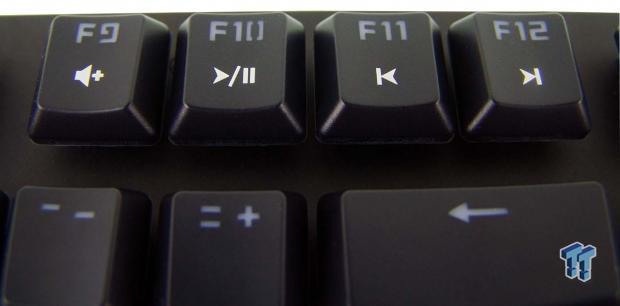 tesoro-gram-spectrum-gaming-mechanical-keyboard-review_15