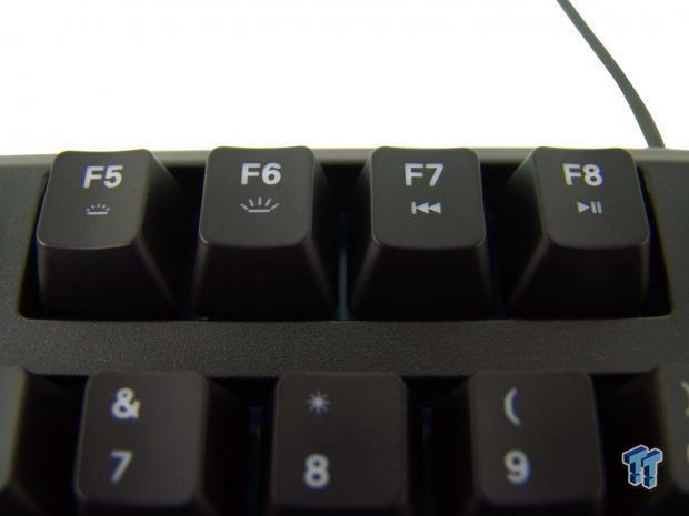 steelseries-apex-m500-mechanical-keyboard-review_12