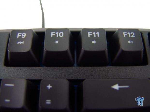 steelseries-apex-m500-mechanical-keyboard-review_13