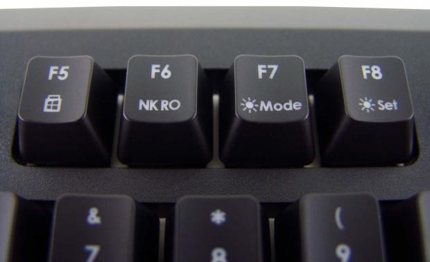 skill-ripjaws-km570-mx-gaming-keyboard-review_14