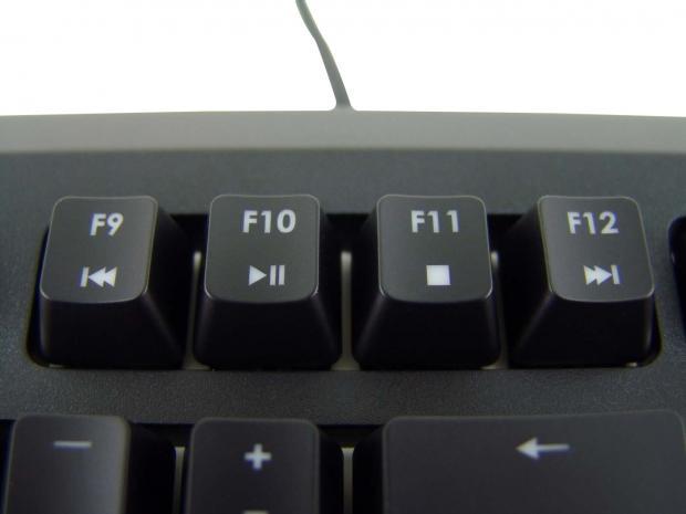 skill-ripjaws-km570-mx-gaming-keyboard-review_15