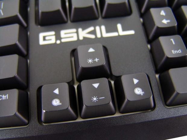 skill-ripjaws-km570-mx-gaming-keyboard-review_18