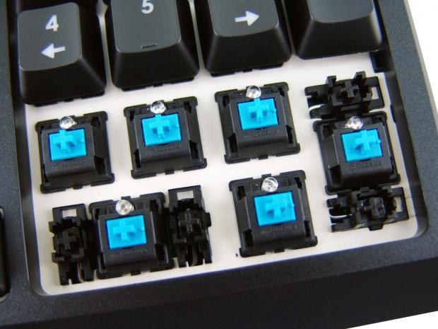 skill-ripjaws-km570-mx-gaming-keyboard-review_24