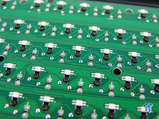 gamdias-hermes-p1-rgb-mechanical-gaming-keyboard-review_27