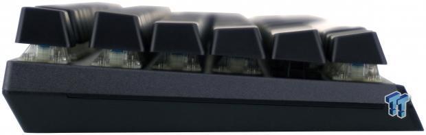 cooler-master-masterkeys-mk750-gaming-keyboard-review_11