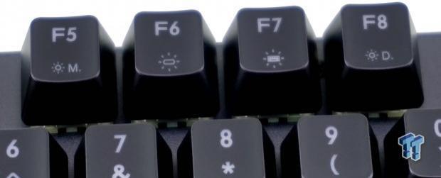cooler-master-masterkeys-mk750-gaming-keyboard-review_14