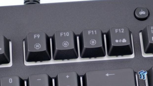 thermaltake-premium-x1-rgb-mechanical-gaming-keyboard-review_14
