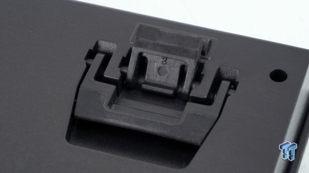 thermaltake-premium-x1-rgb-mechanical-gaming-keyboard-review_22