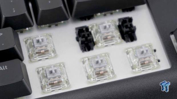 thermaltake-premium-x1-rgb-mechanical-gaming-keyboard-review_23