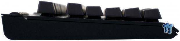 corsair-k63-wireless-mechanical-gaming-keyboard-review_10