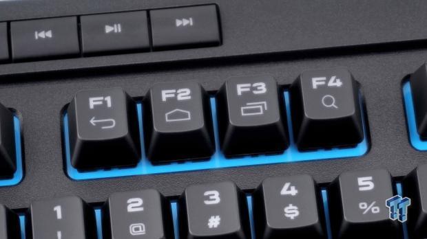corsair-k63-wireless-mechanical-gaming-keyboard-review_13