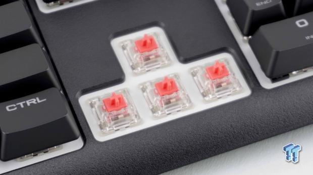 corsair-strafe-rgb-mk-2-mechanical-gaming-keyboard-review_17