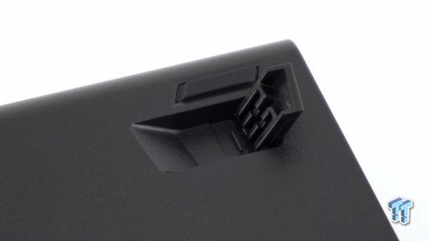 corsair-strafe-rgb-mk-2-mechanical-gaming-keyboard-review_23