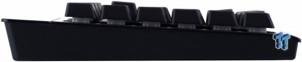 corsair-k57-rgb-wireless-gaming-keyboard-review_11