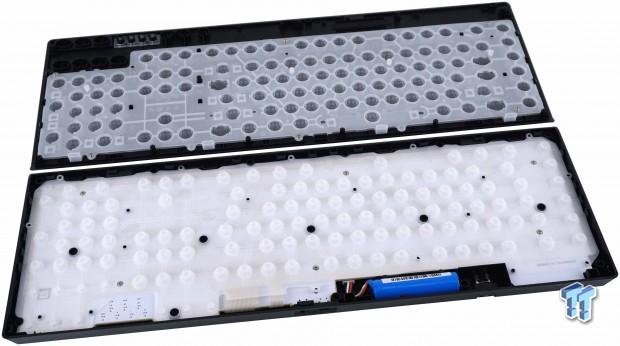 corsair-k57-rgb-wireless-gaming-keyboard-review_23