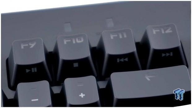 logitech-pro-mechanical-gaming-keyboard-review_14