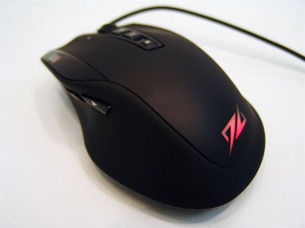 Sharkoon DarkGlider Laser Gaming Mouse Review 28 | TweakTown.com